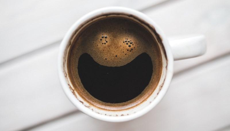 gülen kahve